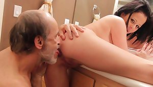 Aged dude is banging her shaved pussy